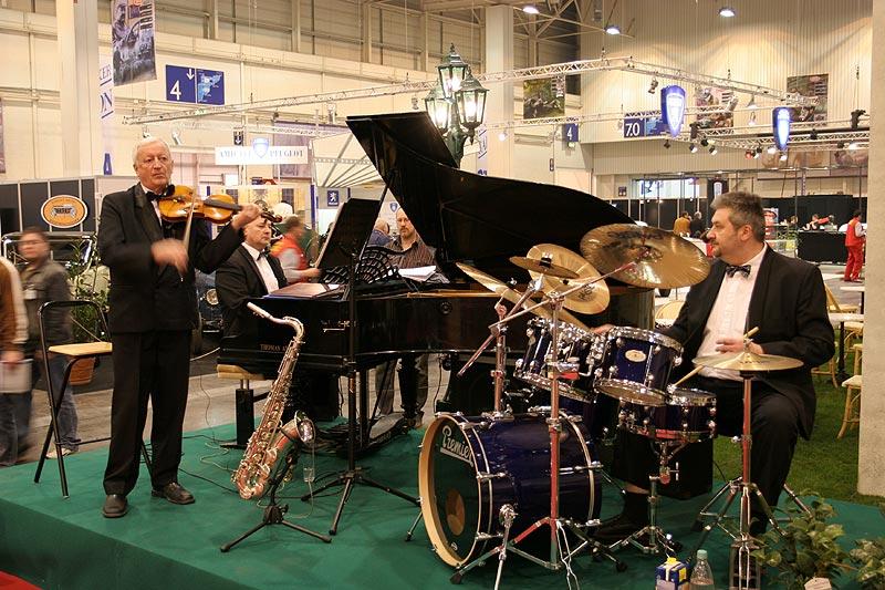 Orchester auf der Techno Classica 2007
