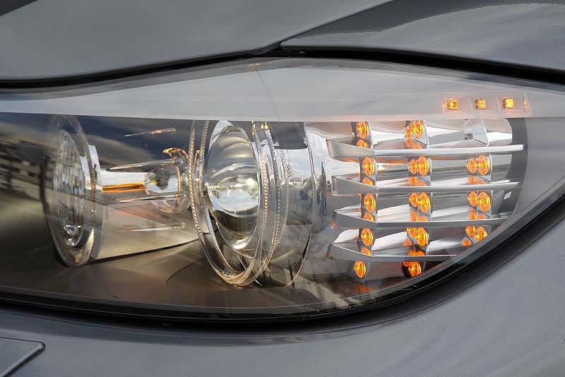 3 orange led 39 s im lci scheinwerfer leuchten immer e90. Black Bedroom Furniture Sets. Home Design Ideas