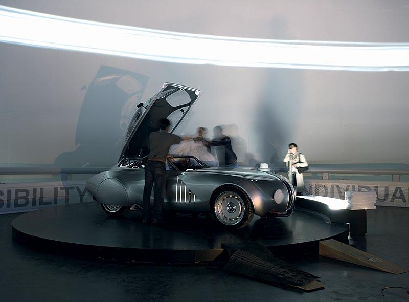 Einbringung des BMW 328 Mille Miglia Concept Car 2006 in das BMW Museum München