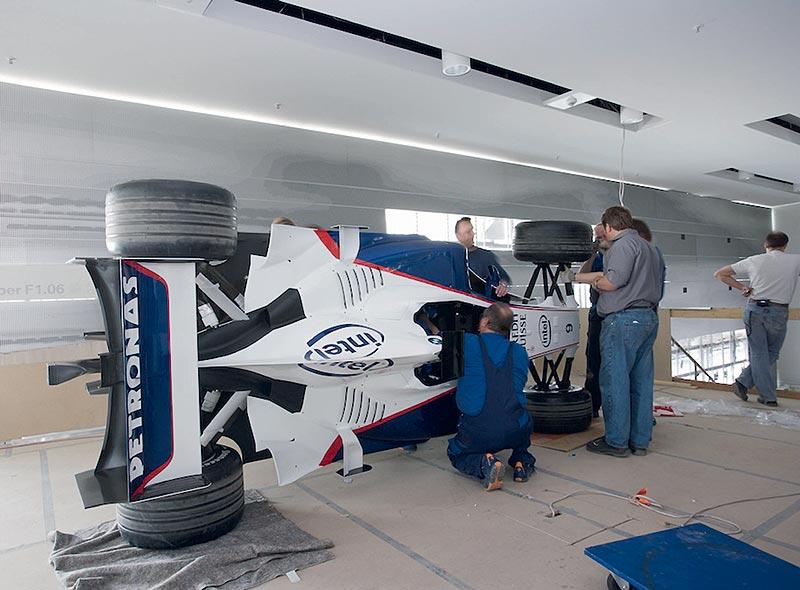 Einbringung des BMW Sauber F1.06 in das BMW Museum München