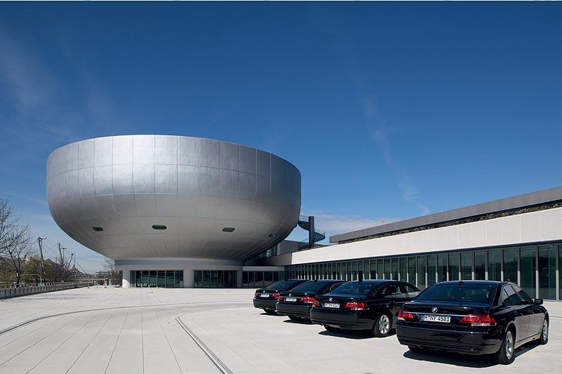 BMW Museum München, Außenansicht