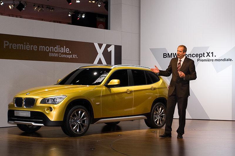Dr. Klaus Draeger stellte den neuen BMW X1 in einer Concept-Variante vor.