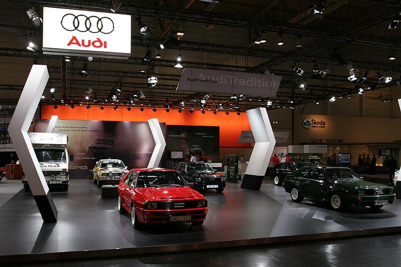 Audi Messestand mit Audi Sport Quattro Ausstellung