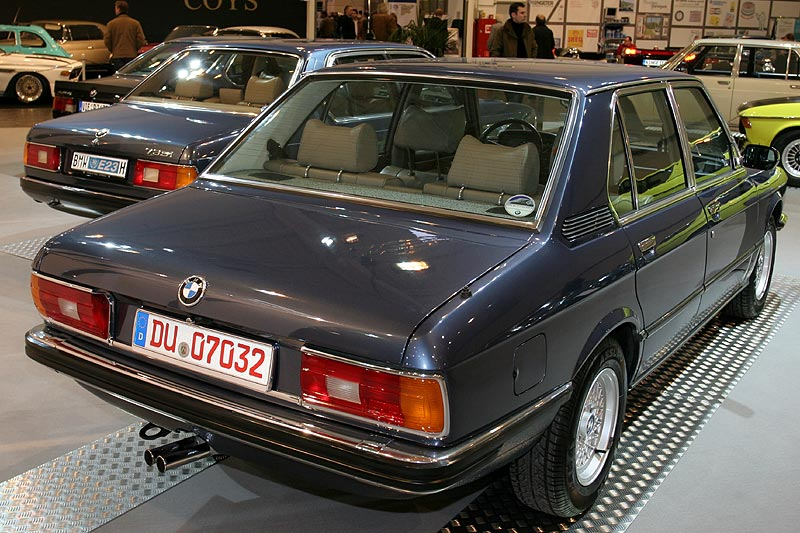 BMW 528i (Modell E12) auf der Techno Classica 2008
