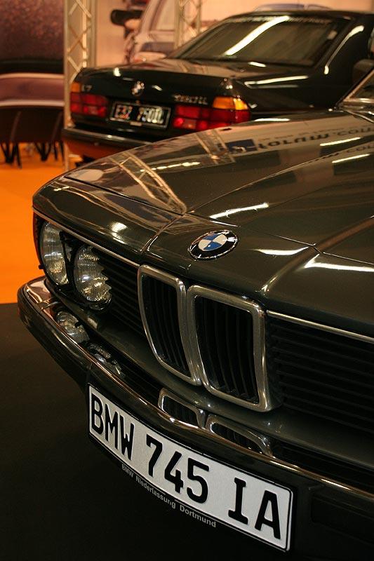 BMW 745iA Executive auf dem 7-forum.com Messestand auf der Techno Classica 2008