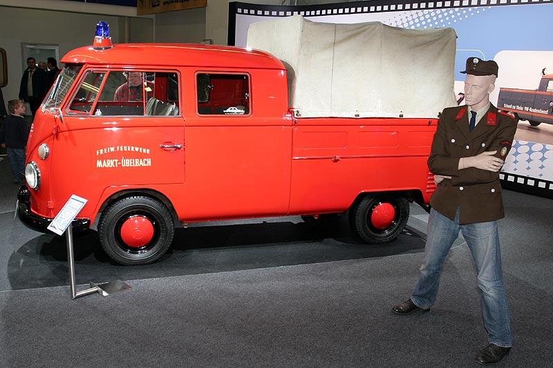 VW T1 Doppelkabine auf der Techno Classica 2008