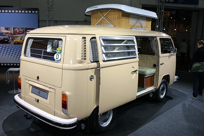 VW T2 Selbstausbau mit Westfalia Hubdach