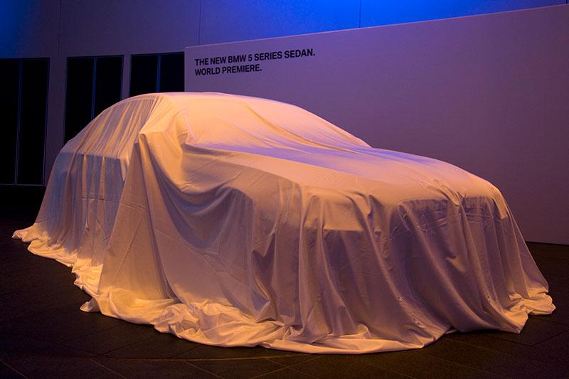BMW 5er Limousine vor der Weltpremiere im FIZ in München