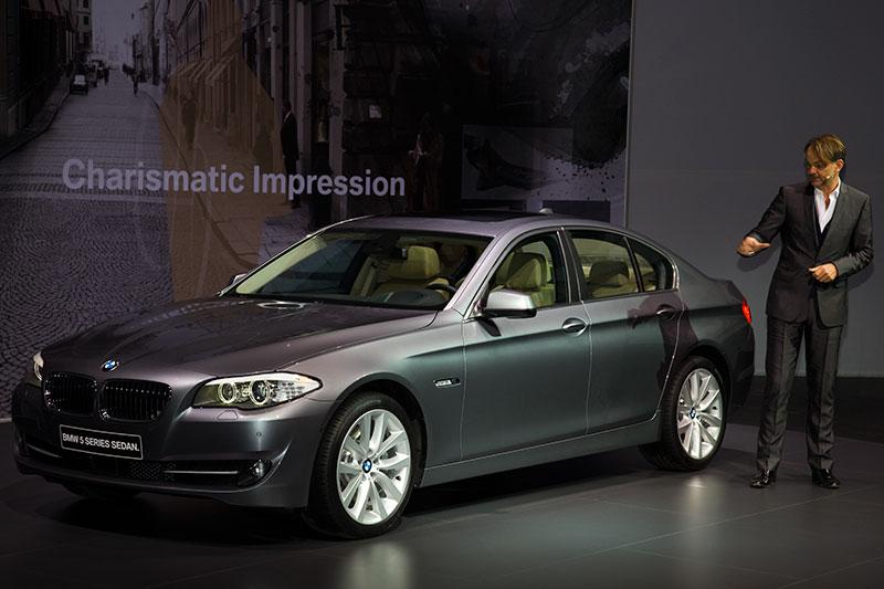 BMW Designchef Adrian van Hooydonk bei der 5er-Premiere