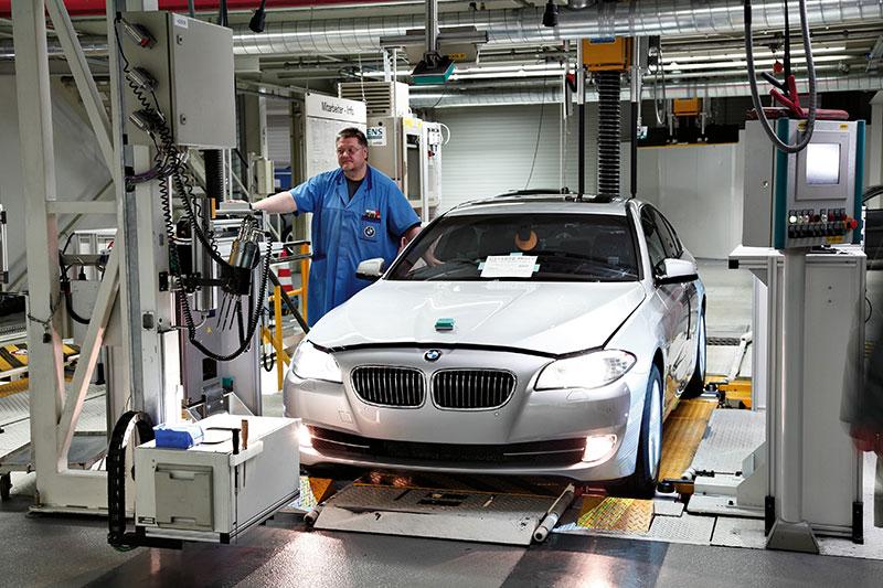 Die neue BMW 5er Limousine, Produktion im Werk Dingolfing