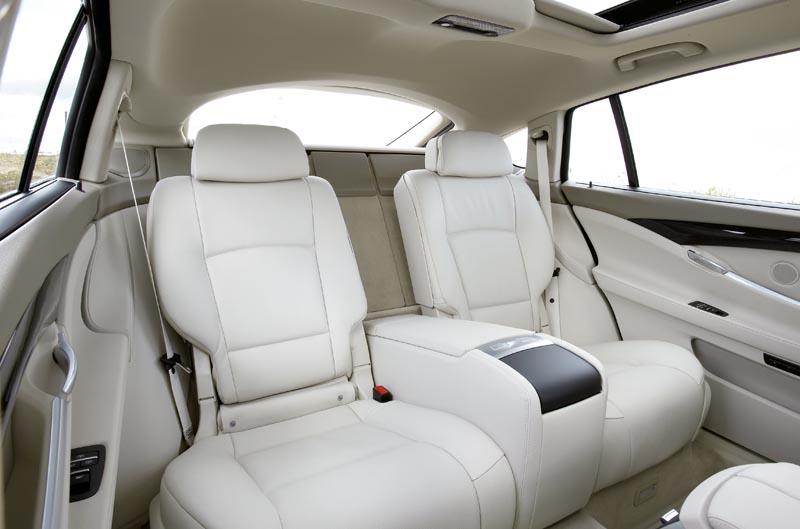 Foto Bmw 5er Gran Turismo Innenraum Hinten Mit Panorama