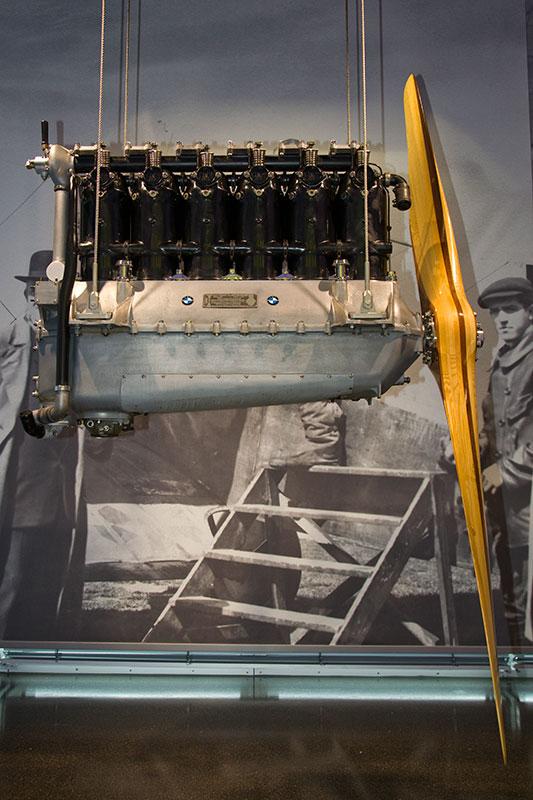 historischer BMW Flugmotor im BMW Museum