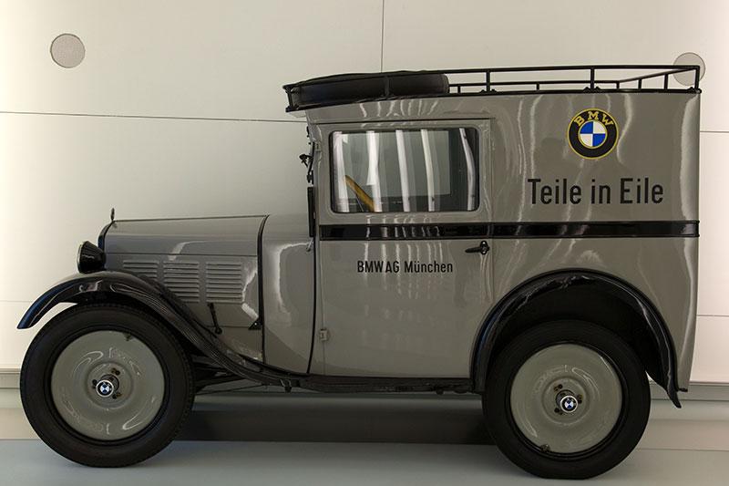 Dixi als Transporter im BMW Museum