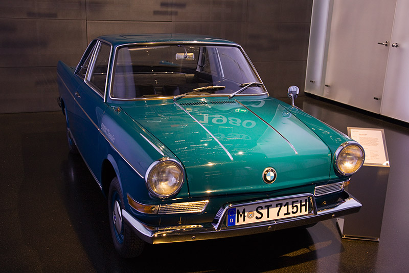 BMW LS Coupé, Baujahr: 1965, Stückzahl: 1.730, Neupreis: 5.850 DM, 2-Zyl.-Boxermotor, Hubraum: 697 ccm, 40 PS, vmax: 135 km/h