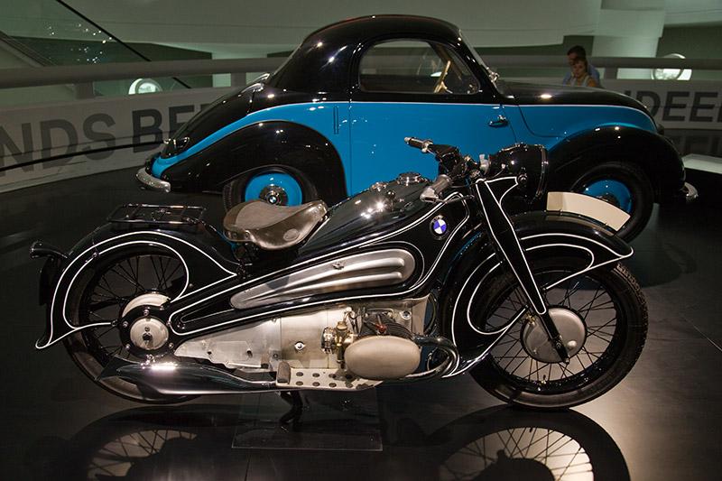 BMW R7 Prototyp 1934/35, radikal neuer Entwurf eines Luxus-Motorrads, das fast nur den Boxermotor aus den bisherigen Modellen übernimmt.