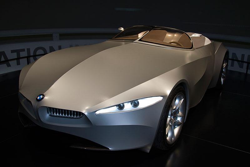 BMW Gina Designphilosophie zeigt eine Alternative zur Karosseriehülle aus Stahl oder Kunststoff auf