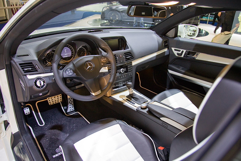 Cockpit des Brabus E-Klasse Coupés 6,1