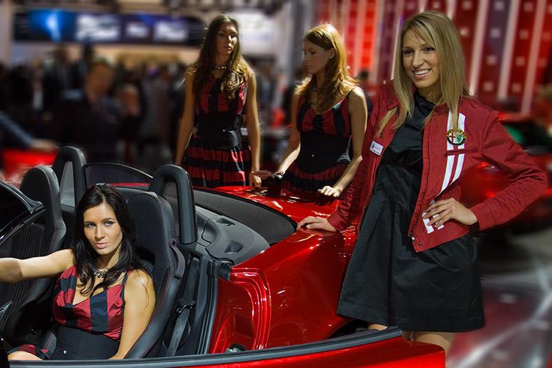 Cars und Girls, am Stand von Alfa