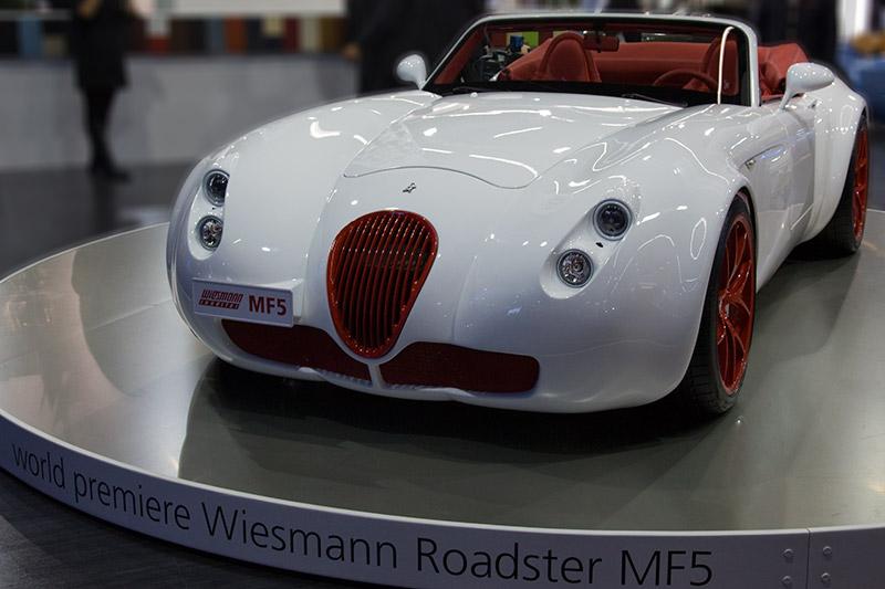 Wiesmann MF 5 mit hochdrehendem BMW M5/M6-Motor mit 507 PS