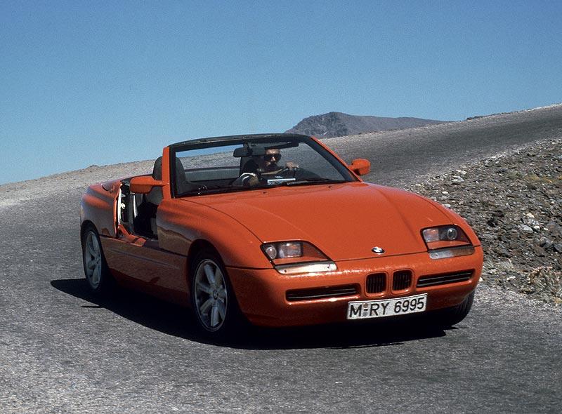 BMW Z1 auf einer Passstraße, 1988/91