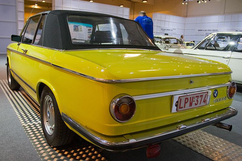 BMW 2002 Cabriolet auf der Techno Classica 2009 in Essen