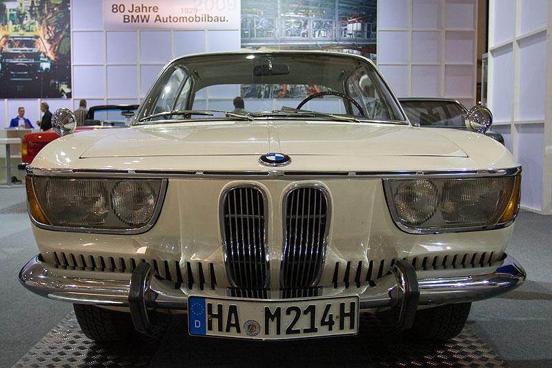 BMW 2000 CA auf der Techno Classica 2009 in Essen
