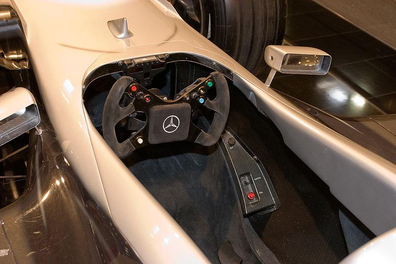 Foto Mclaren Mercedes Mp4 13 Formel 1 Rennwagen Der