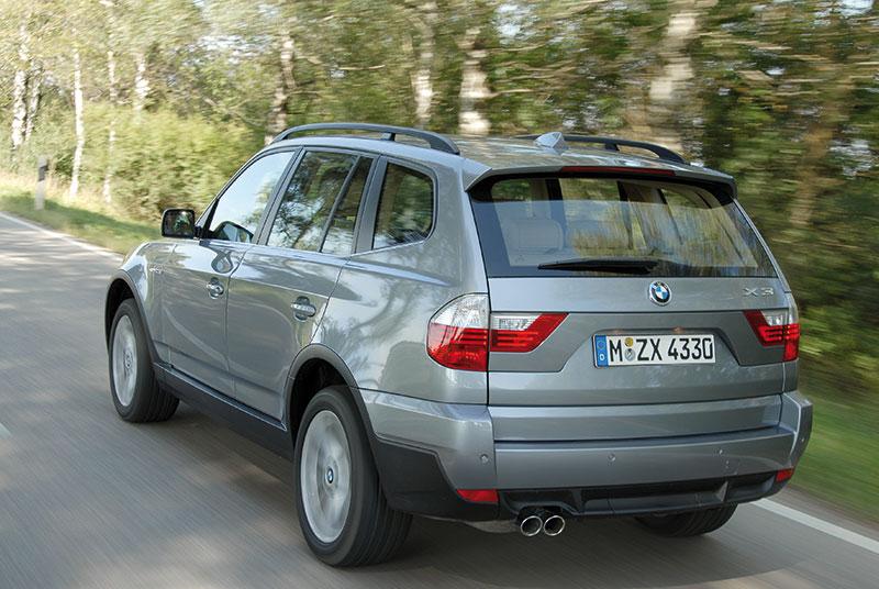 25 Jahre Allradantrieb bei BMW: BMW X3 (Modell E83), serienmäßig mit Allradantrieb xDrive