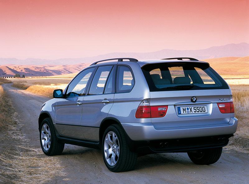 Das erste SUV von BMW: der BMW X5 (Modell E53) - serienmäßig mit xDrive Allradsystem