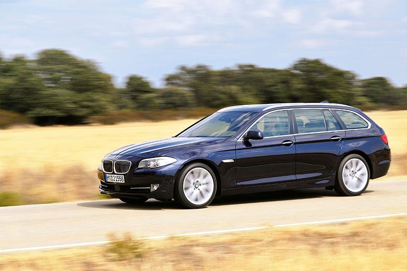 BMW 5er Touring (F11 mit Allradantrieb xDrive lieferbar)