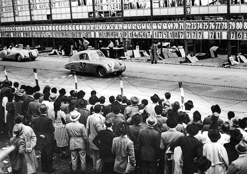 BMW 328 Mille Miglia Bügelfalten-Roadster während des I. Gran Premio Brescia delle Mille Miglia, 28.04.1940