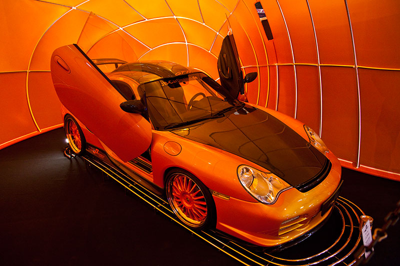 foto essen motor show 2010 irmscher opel astra in halle 3 vergr ert. Black Bedroom Furniture Sets. Home Design Ideas