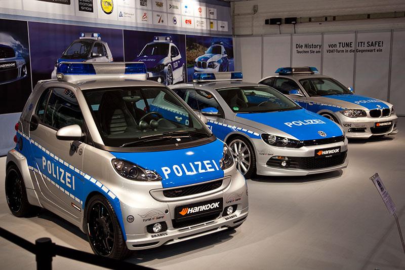 VDAT Kampagnenfahrzeuge auf der Essen Motor Show 2010: Smart fortwo Cabrio, VW Scirocco 1.4 TSI und AC Schnitzer ACS1 2.3d (Basis BMW 123d Coupé)