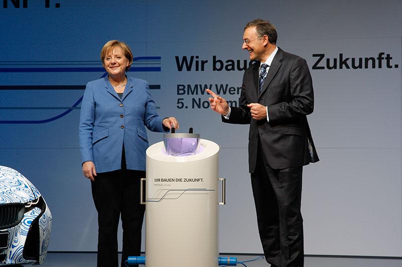 Startschuss MCV Produktion BMW Werk Leipzig, Bundeskanzlerin Dr. Angela Merkel und Dr. Norbert Reithofer, Vorstandsvorsitzender BMW AG