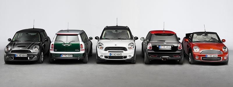 Die MINI Familie. MINI, MINI Clubman, MINI Cabrio, MINI Countryman und MINI John Cooper Works.