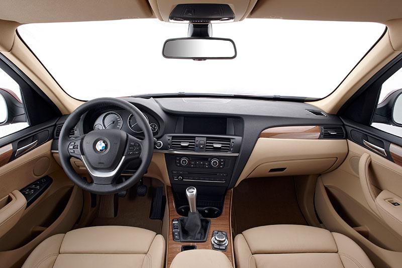 BMW X3, Modell F25, Cockpit