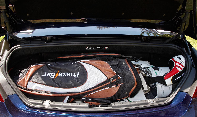 Foto Bmw 650i Individual Cabrio Kofferraum Mit Golf Bag