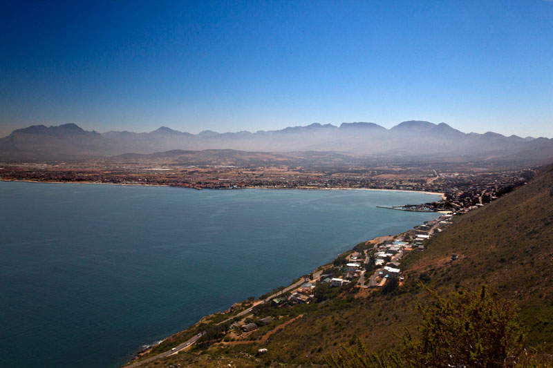 Küste bei Pringle Bay in Süd-Afrika.
