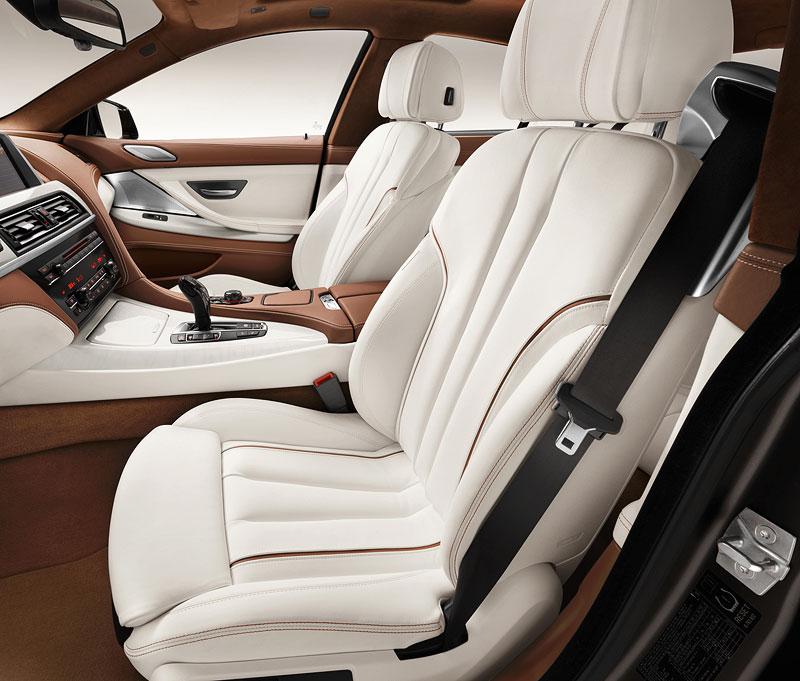 Das neue BMW 6er Gran Coupé, Interieur: Leichtbausitz, BMW Individual Volllederausstattung Opalweiß mit Amarobraun