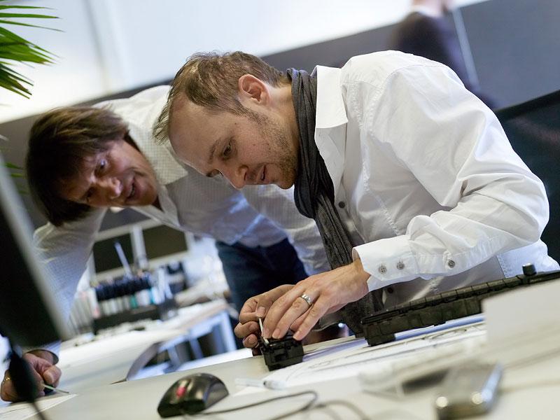 Die neue BMW 3er Limousine, Felix Baerlin, Interieur-Details Designer