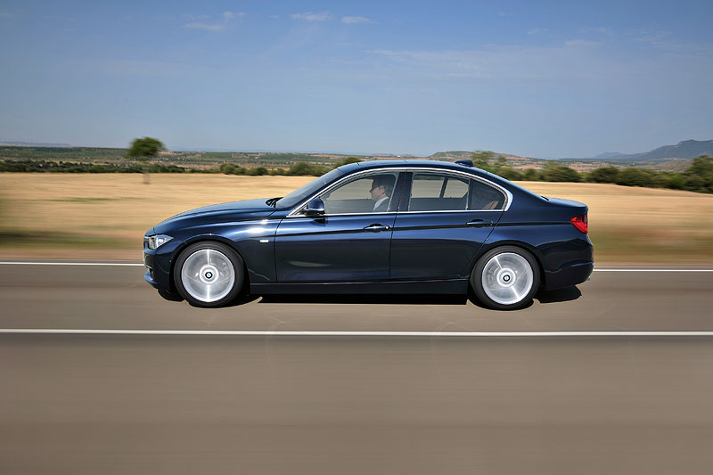 BMW 3er Limousine Luxury Line