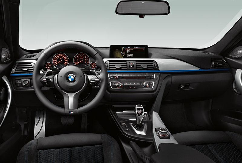 Neuer BMW 3er: Cockpit M SportpaketNeuer BMW 3er: Cockpit M Sportpaket
