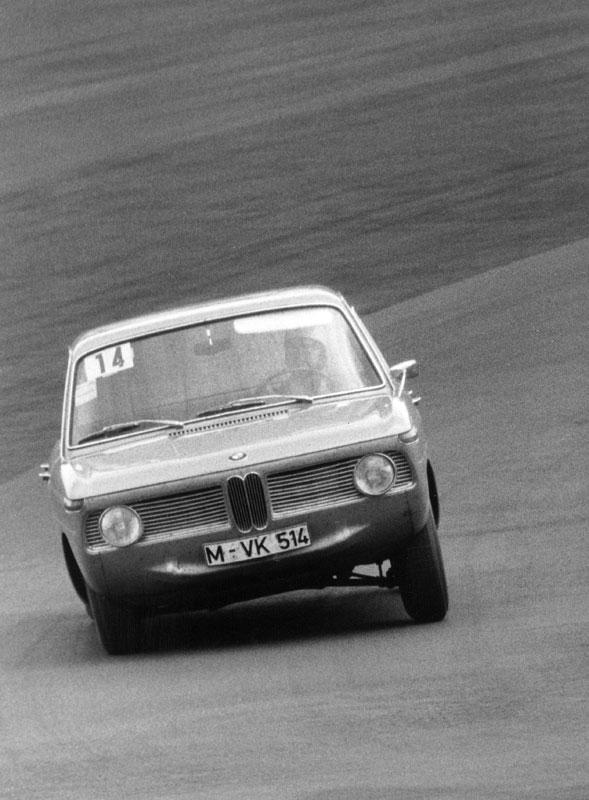 50 Jahre BMW Neue Klasse, BMW 1800 TI beim 12-Stunden-Rennen auf dem Nürburgring 1964