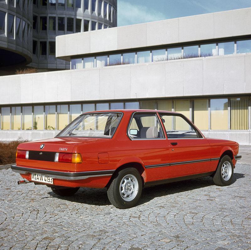 erste BMW 3er-Reihe, Modellreihe E21