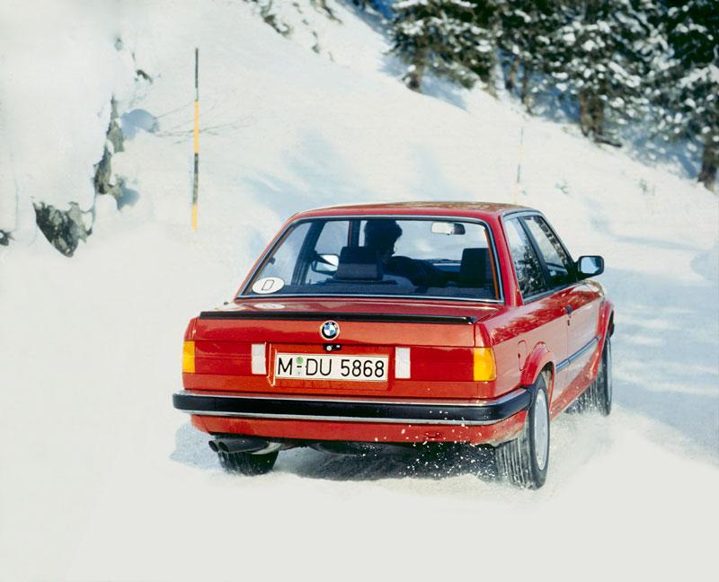 BMW 3er-Reihe der zweiten Generation, Modellreihe E30