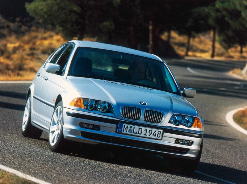 BMW 3er Limousine der vierten Generation, Modellreihe E46