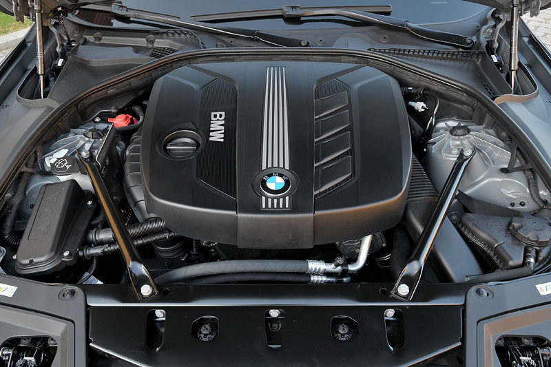 BMW 520d EfficientDynamics Edition: 4-Zylinder-Motor