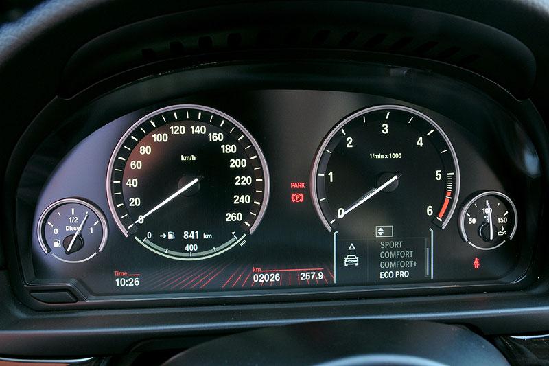 BMW 520d EfficientDynamics Edition, neuer Eco Pro Modus