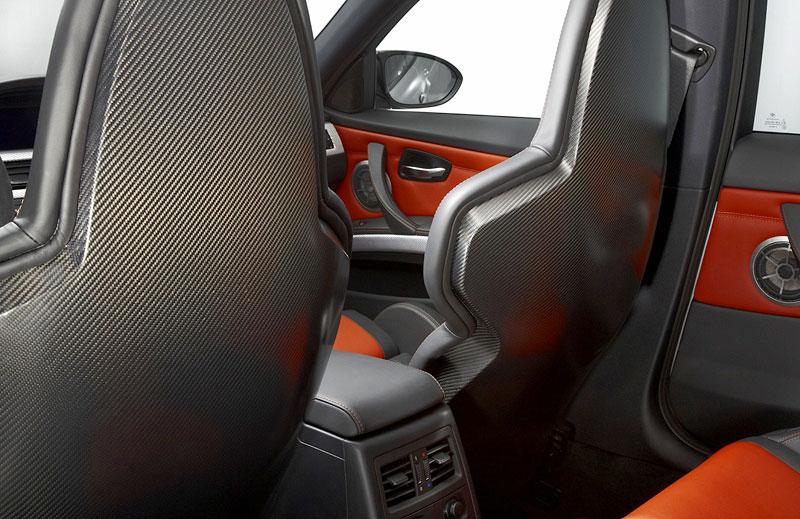 BMW M3 CRT, Schalensitze mit Carbon-Elementen