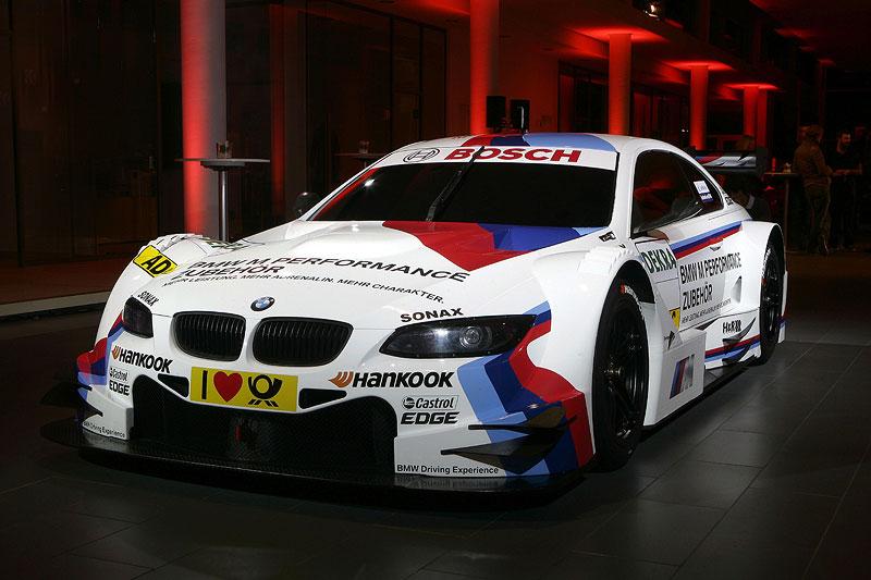 BMW M Performance Zubehör M3 DTM im Autohaus Kruth